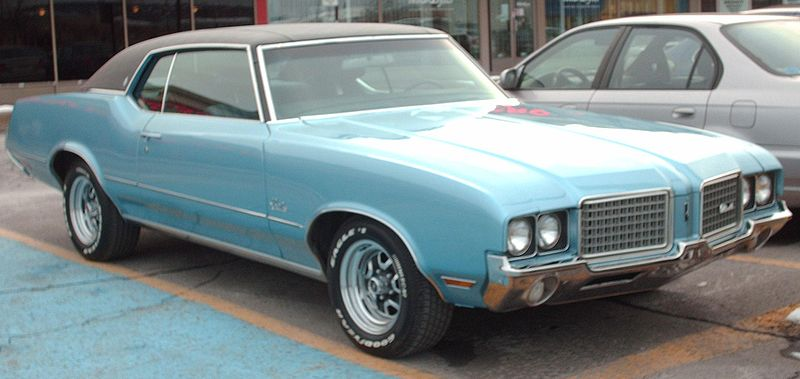 Ship you 1972 Oldsmobile Cutlass to Lansing, Michigan, with Nationwide Auto Transport!