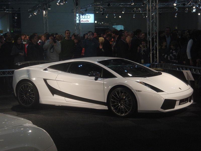 Ship your Lamborghini Superleggera to Atlanta, Georgia, with Nationwide Auto Transport!